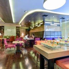 Отель Novotel Bangkok On Siam Square 4* Представительский номер с различными типами кроватей фото 10