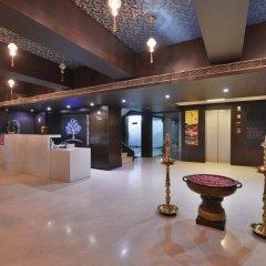 Hotel The Golden Oak Raipur интерьер отеля фото 3