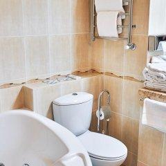 Гостиница Золотое Кольцо Кострома Люкс с двуспальной кроватью фото 11