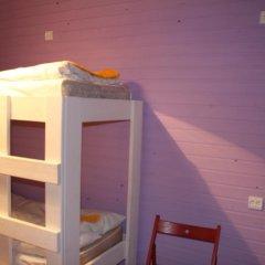 Хостел Оазис Центр Кровать в женском общем номере с двухъярусной кроватью