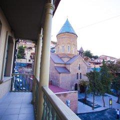 Отель Old Meidan Tbilisi Грузия, Тбилиси - 1 отзыв об отеле, цены и фото номеров - забронировать отель Old Meidan Tbilisi онлайн балкон