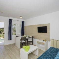 Отель Aparthotel Holiday Center комната для гостей фото 2