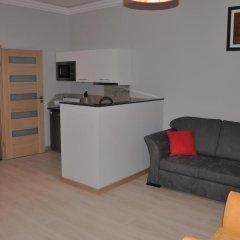 Апартаменты Amber Apartments комната для гостей