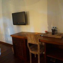 Отель Thaproban Beach House 3* Номер Делюкс с двуспальной кроватью фото 9