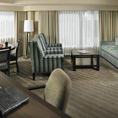 Отель Delta Hotels by Marriott Saskatoon Downtown 3* Стандартный номер с различными типами кроватей фото 3