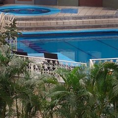 Отель Country Plaza бассейн фото 2