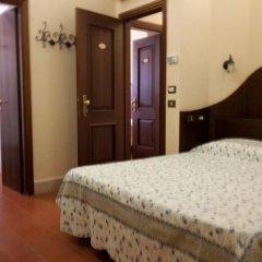 Отель 4 Coronati 2* Стандартный номер фото 4