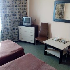 Гостиница Искра 3* Стандартный номер с 2 отдельными кроватями фото 12