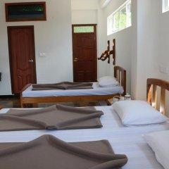 Отель Queens rest inn Номер Делюкс с различными типами кроватей фото 3