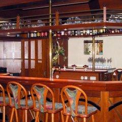 Entrée Hotel Glinde гостиничный бар