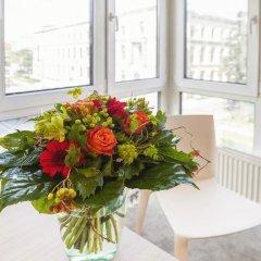 Отель Berlin-Mitte Campanile Германия, Берлин - 4 отзыва об отеле, цены и фото номеров - забронировать отель Berlin-Mitte Campanile онлайн интерьер отеля фото 3