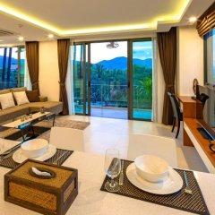 Отель At The Tree Condominium Phuket комната для гостей фото 5