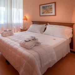 Отель Villa Eur Parco Dei Pini 3* Стандартный номер с двуспальной кроватью фото 8