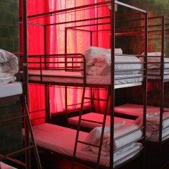 Отель Restup London Кровать в общем номере фото 13