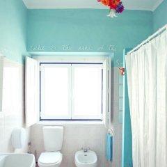 Отель Chill in Ericeira Surf House ванная