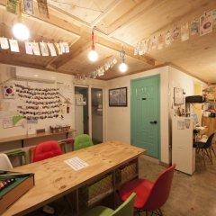 Lazy Fox Hostel Кровать в общем номере с двухъярусной кроватью фото 3