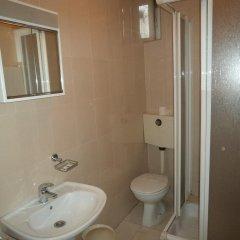 Отель Residencial Vale Formoso 3* Стандартный номер двуспальная кровать (общая ванная комната)
