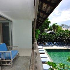 Отель Ramada by Wyndham Phuket Southsea 4* Улучшенный номер двуспальная кровать фото 7