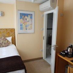 Antoinette Hotel Wimbledon 3* Стандартный номер с различными типами кроватей