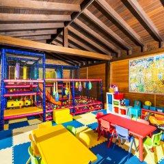 Sallés Hotel Mas Tapiolas 4* Стандартный семейный номер с двуспальной кроватью