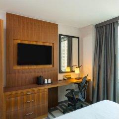 Отель Hilton Garden Inn New York/Central Park South-Midtown West 3* Стандартный номер с двуспальной кроватью фото 8
