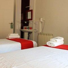 Отель Pension Antonio Испания, Мадрид - отзывы, цены и фото номеров - забронировать отель Pension Antonio онлайн комната для гостей фото 4