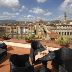 Hotel Pitti Palace al Ponte Vecchio 4* Люкс с различными типами кроватей фото 7