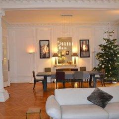 Отель Prestigious Appartement Trocadero интерьер отеля