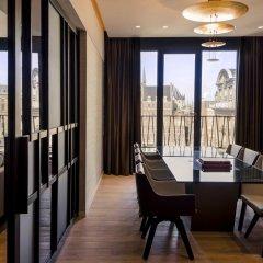 NH Collection Amsterdam Grand Hotel Krasnapolsky 5* Улучшенный номер с двуспальной кроватью фото 3