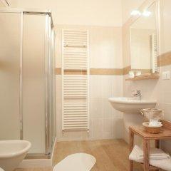 Отель Villa Myosotis Италия, Мирано - отзывы, цены и фото номеров - забронировать отель Villa Myosotis онлайн ванная фото 2