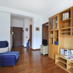 Апартаменты Cassala Halldis Apartments Милан комната для гостей