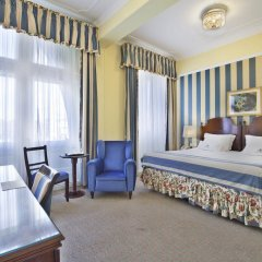 Отель Avenida Palace 5* Улучшенный номер с 2 отдельными кроватями