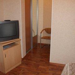Лукоморье Мини - Отель Стандартный номер с двуспальной кроватью фото 11