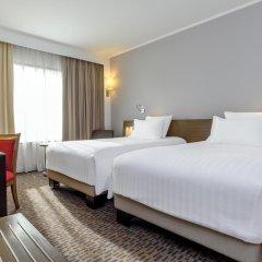 Отель Novotel Bangkok On Siam Square 4* Улучшенный номер с различными типами кроватей фото 3