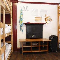 PubLove @ The Steam Engine - Hostel Кровать в общем номере с двухъярусной кроватью