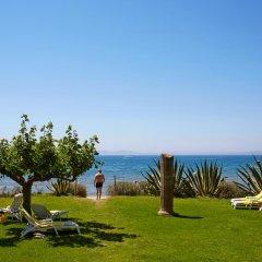 Отель & Spa Terraza Испания, Курорт Росес - 1 отзыв об отеле, цены и фото номеров - забронировать отель & Spa Terraza онлайн пляж