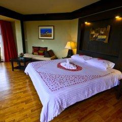 Отель Beyond Resort Kata 4* Улучшенный номер с двуспальной кроватью фото 2