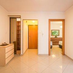 Отель LeoApart Апартаменты с различными типами кроватей фото 24