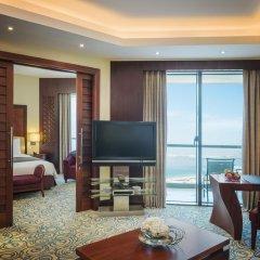 Отель Sofitel Dubai Jumeirah Beach 5* Улучшенный номер с 2 отдельными кроватями фото 3