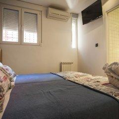 Отель Hostal CC Malasaña Номер категории Эконом с двуспальной кроватью фото 5
