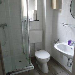 Отель Südstadt-appartement Köln Кёльн ванная