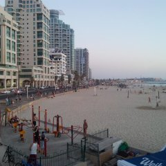 Hotel Lenis пляж