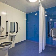 Отель YHA London St Pancras Кровать в общем номере с двухъярусной кроватью