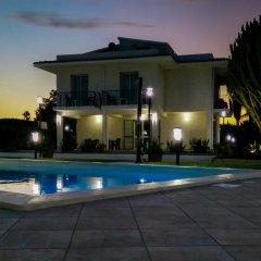 Отель Residence Villa Eva Фонтане-Бьянке бассейн фото 2