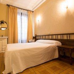 Отель Pension Iberia комната для гостей фото 3