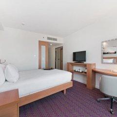 Отель Hampton by Hilton London Waterloo 3* Стандартный номер с различными типами кроватей