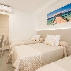 Отель Hostal El Romerito Стандартный номер с различными типами кроватей