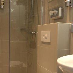 Отель Van Gogh Нидерланды, Амстердам - отзывы, цены и фото номеров - забронировать отель Van Gogh онлайн ванная