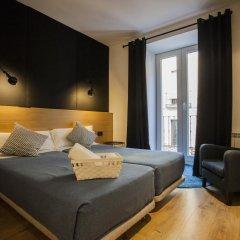Отель Hostal CC Malasaña Улучшенный номер с различными типами кроватей фото 6
