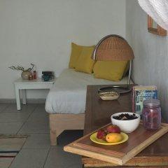 Отель Casa Canario Bed & Breakfast 2* Улучшенный семейный номер с двуспальной кроватью фото 16